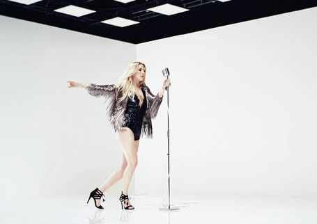 Ellie Goulding Presents Her Star Collection